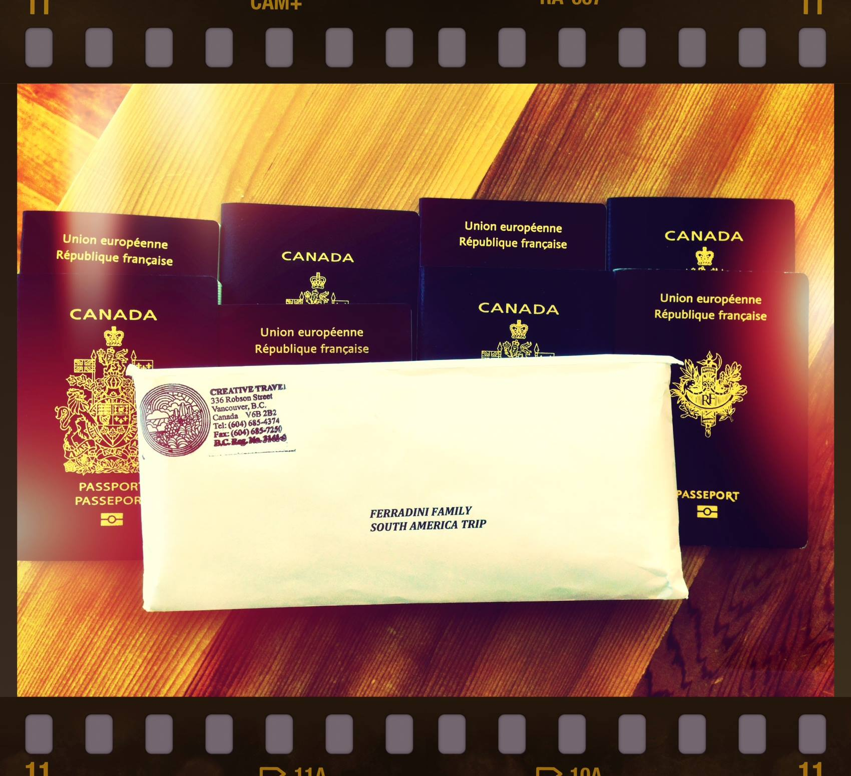 Les 8 passeports sont prêts!