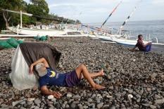 Levés à 4h, beaucoup de ces pêcheurs ont un second emploi après leur matinée sur l'eau.